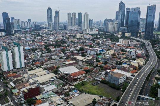 Kemarin, PSBB transisi hingga banjir di Jakarta