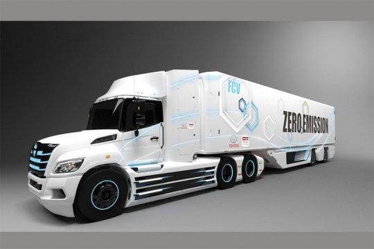Toyota ubah Hino XL jadi truk listrik