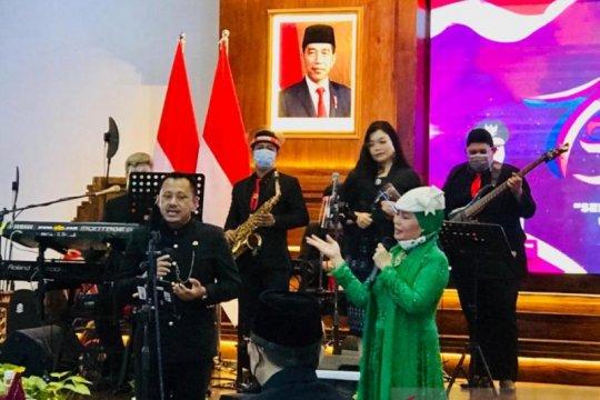 Dewi Yull doakan Jatim jadi provinsi terbaik di Hari Jadi Ke-75