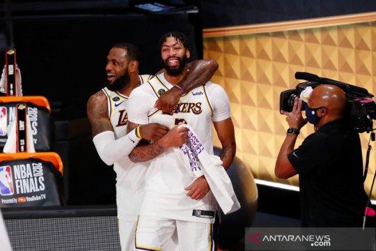 Lakers juara NBA 2020 setelah kalahkan Heat di game keenam