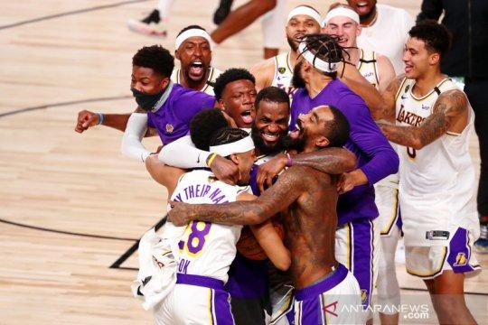 LA Lakers persembahkan gelar juara NBA untuk Kobe Bryant
