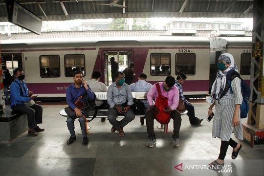 Banyak kawasan di Mumbai India mati listrik