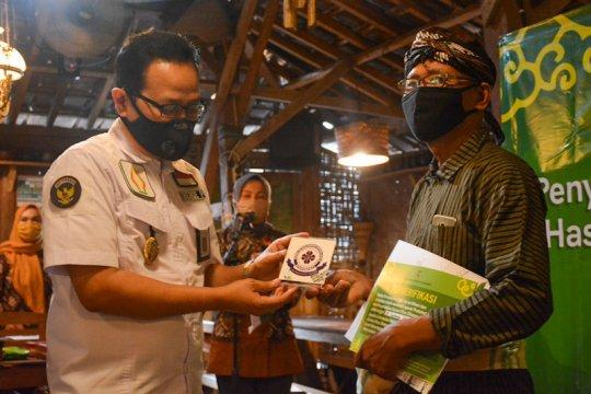 Pemohon verifikasi protokol kesehatan tempat usaha di Yogyakarta naik