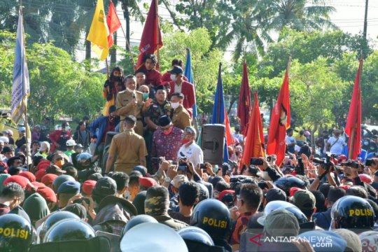 Gubernur Sulsel: Jangan menyerap informasi hoaks