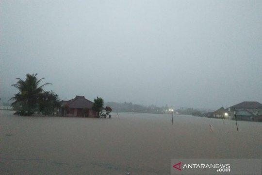 Daerah selatan Garut banjir akibat luapan dua sungai