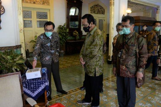 Rektor UGM minta dukungan Gubernur DIY kembangkan pendeteksi COVID-19