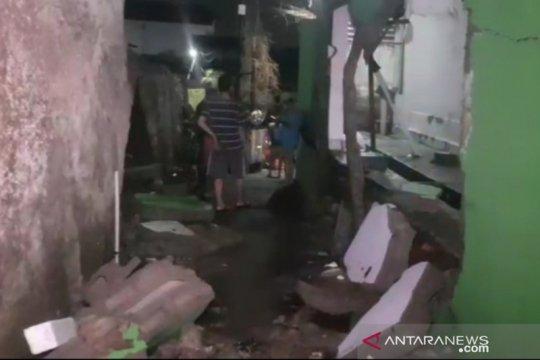 Walkot Jaktim minta Khong Guan tanggung jawab atas banjir di Ciracas