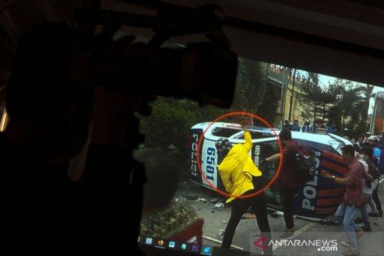 Rilis kasus perusakan mobil polisi saat demo tolak UU Cipta Kerja di Pekanbaru
