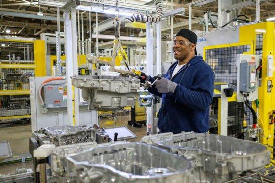 GM investasi 71 juta dolar perkuat pabrik transmisi dan mesin