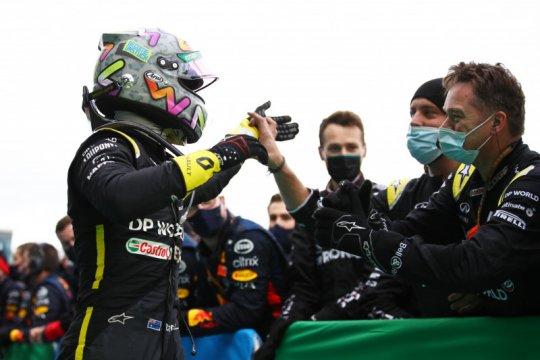 Podium Ricciardo berarti tato untuk bos Renault