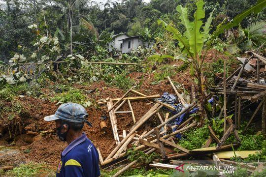 Bencana tanah longsor di Tasikmalaya