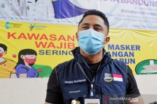 Wakil Bupati Bandung Barat mendapat suntikan vaksin COVID-19