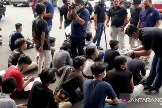 Polrestro Jakarta Selatan amankan puluhan pelajar akan ikut demo