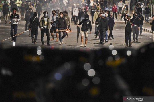 Polda Metro lakukan tes cepat untuk personel pengamanan unjuk rasa