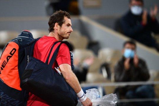 Andy Murray langsung terlempar pada babak pertama di Cologne