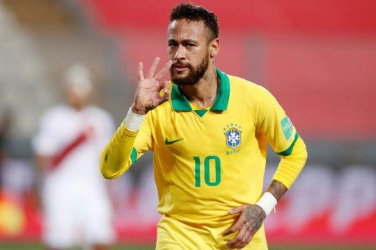 Hattrick Neymar membuat Brazil kandaskan Peru 4-2
