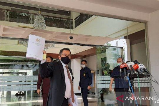 Naskah Final UU Ciptaker sampai di Istana