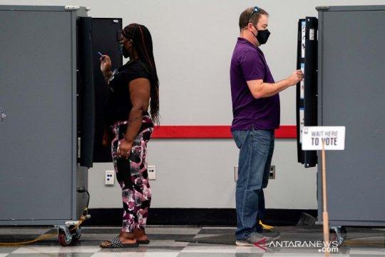 Tim kampanye Trump gugat penghitungan suara di Georgia