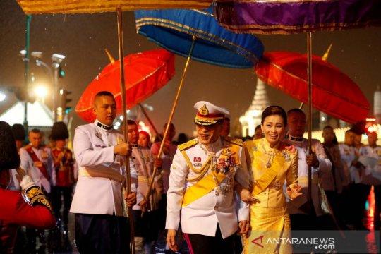 Pengunjuk rasa pro demokrasi Thailand hadapi pendukung kerajaan