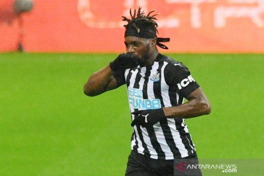 Newcastle perpanjang kontrak Allan Saint-Maximin hingga 2026