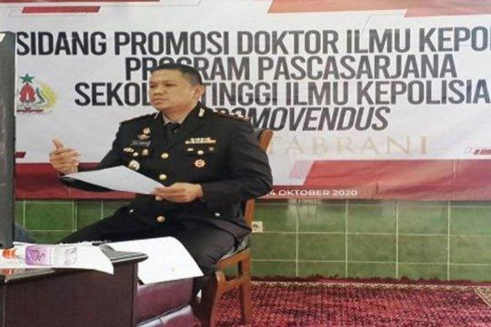 Polisi penembak teroris Sarinah raih gelar doktor