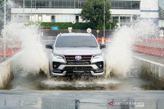 Toyota luncurkan New Fortuner dan Kijang Innova 2020