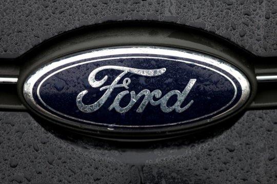 Ford jadwal ulang produksi Escape ke tahun depan