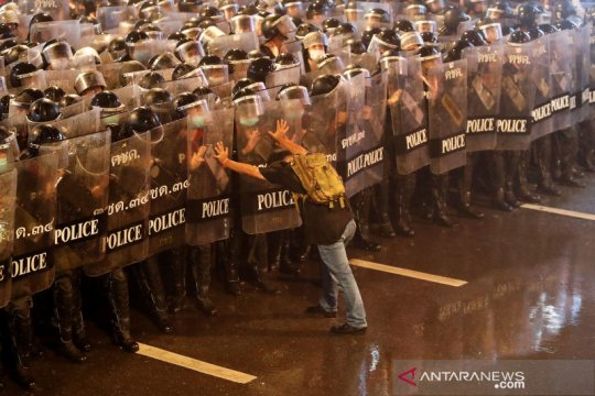 Unjuk rasa pro demokrasi di Bangkok