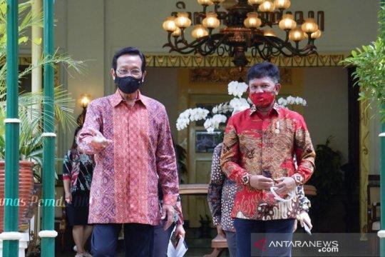 Menkominfo dan Gubernur DIY bahas rencana digitalisasi aksara Jawa
