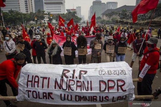 Kriminal sepekan, perusuh UU Ciptaker hingga napi China kabur tewas