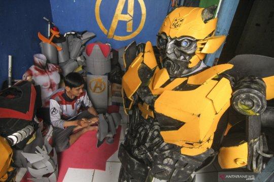 Pengrajin kostum robot