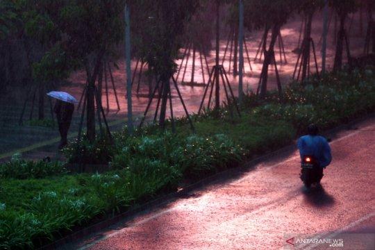 BMKG keluarkan peringatan dini hujan lebat di Jabodetabek