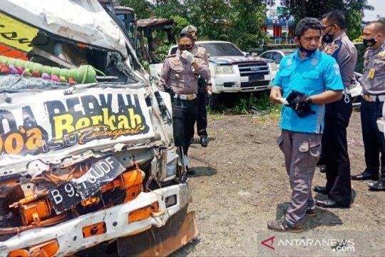 Polisi sebut pengemudi truk maut di Puncak Bogor tak punya SIM