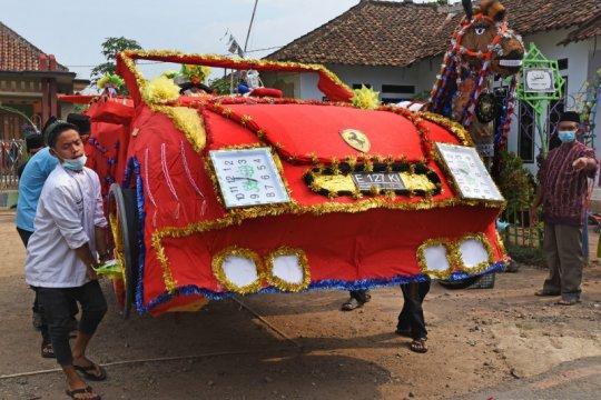 Tradisi Panjang Mulud di Banten