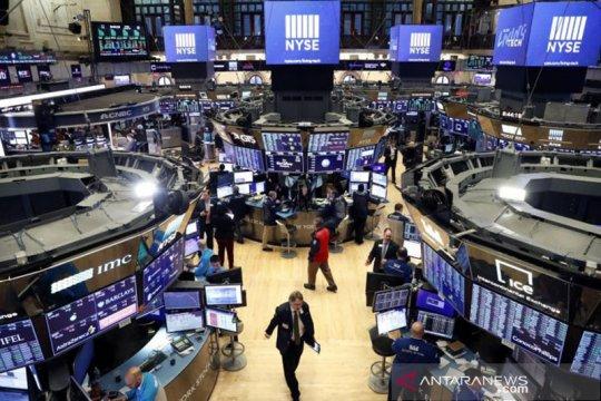 Wall Street beragam, Indeks Dow Jones naik 112,11 poin terkerek vaksin