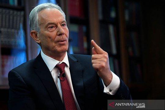 Mantan PM Inggris Tony Blair dituduh langgar aturan COVID-19