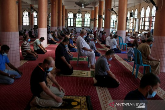Masjid di Gaza dibuka kembali