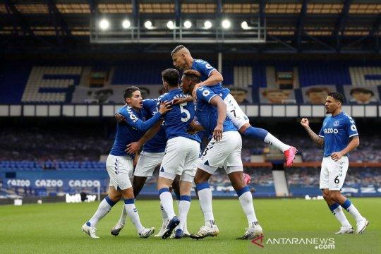 Klasemen Liga Inggris: Everton aman di puncak terbantu keputusan VAR