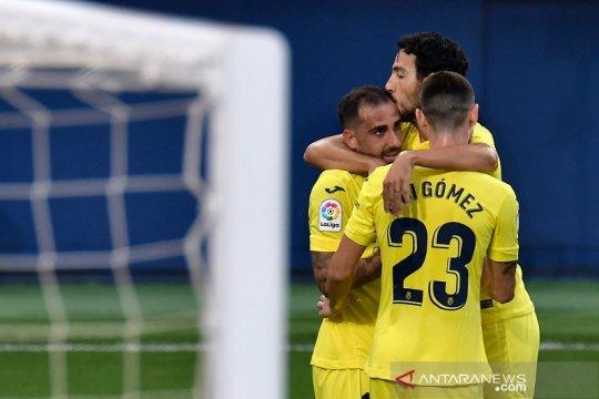 Villarreal lompat ke puncak setelah tundukkan Valencia