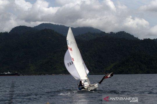 Latihan atlet layar Sumbar untuk persiapan PON Papua