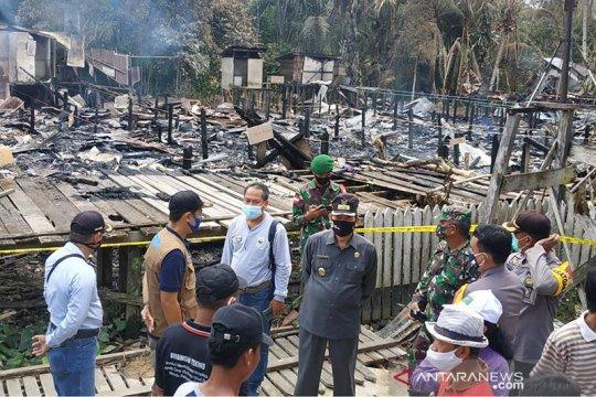 Lebih 300 korban kebakaran Betang Sayut mengungsi ke rumah keluarga