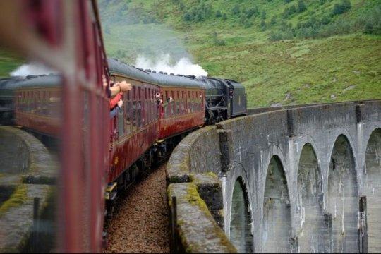 "Penggemar Harry Potter kini dapat mencoba ""Hogwarts Express"""