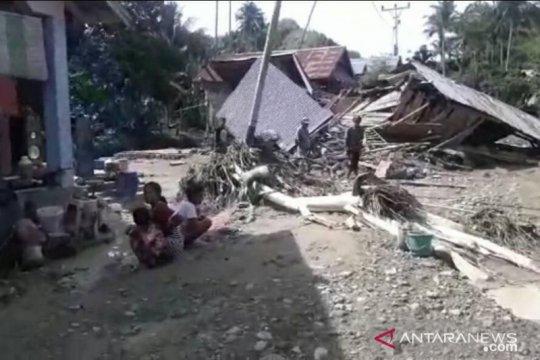 Tangani pascabanjir Donggala-Sulteng, alat berat dikerahkan ke lokasi