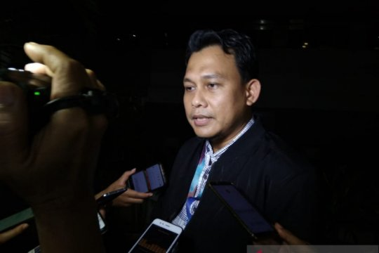 KPK gali peran aktif tersangka mantan Dirut PNRI kasus KTP-elektronik