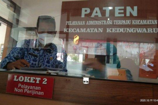 Usai isolasi total, kantor kecamatan di Tulungagung-Jatim dibuka lagi