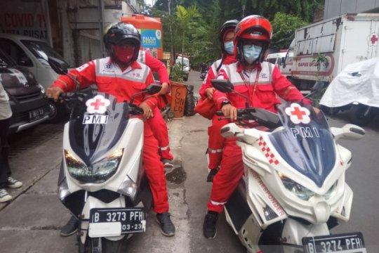 PMI DKI siagakan tiga ambulans motor saat demo UU Cipta Kerja