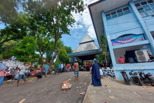 445 warga korban kebakaran mengungsi di aula DPPAD Papua