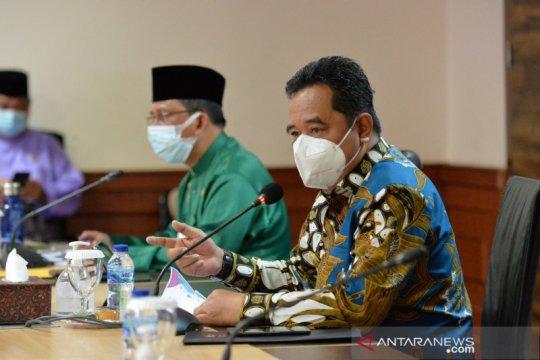 Pjs Gubernur Bakhtiar upayakan Pemprov Kepri milik alat RT-PCR
