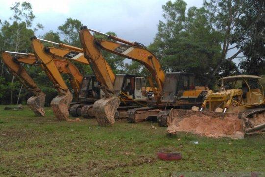 KLHK serahkan tersangka perambah hutan Batam