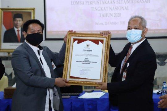 Perpusnas berikan penghargaan pada perpustakaan desa